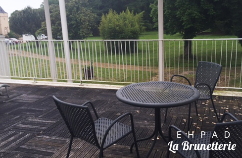 La terrasse extérieure - La Brunetterie