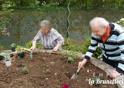 Activité jardinage - La Brunetterie