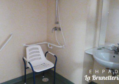 Salle de douche individuelle - La Brunetterie