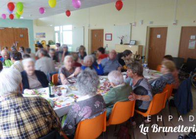 Repas de fête - La Brunetterie